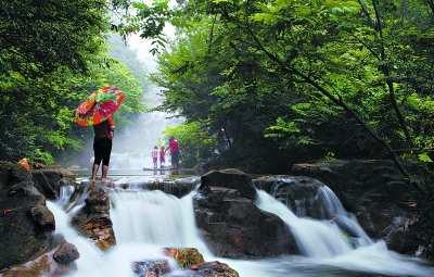 梨木台:清凉瀑布画中避暑