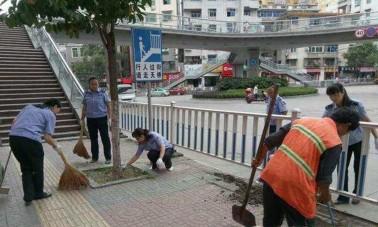 """石泉开展""""百日""""整治行动提升卫生城市形象"""