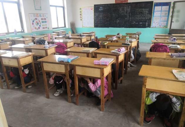 我市各学校通过应急演练、主题班会等多种形式,积极开展防震减灾安全教育系列活动