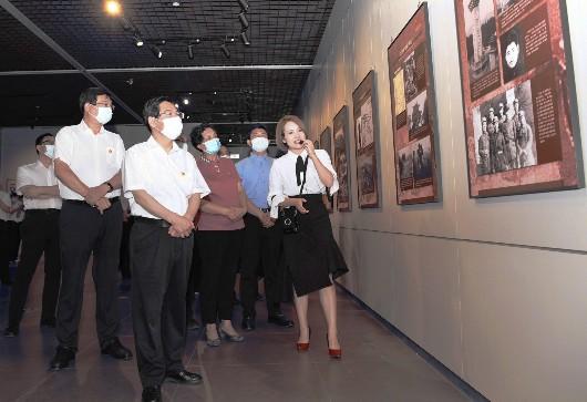 《红色土地英雄河北——河北革命史联展》在我市首日展览