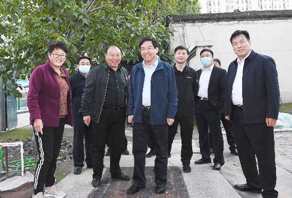 张涛就征地拆迁和城中村改造工作进行调研